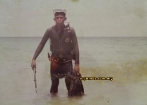 Emran sewaktu mengikuti latihan di laut