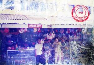 Gambar ihsan: En. Paul Tan. En. Paul Tan dan En. Ah Hock ketika di kedai beliau.